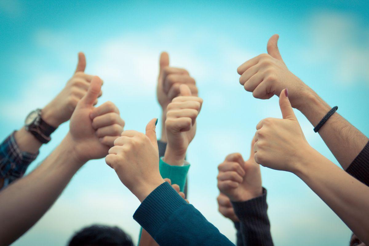 testimonials - Как добавить всплывающие приветствия в WordPress