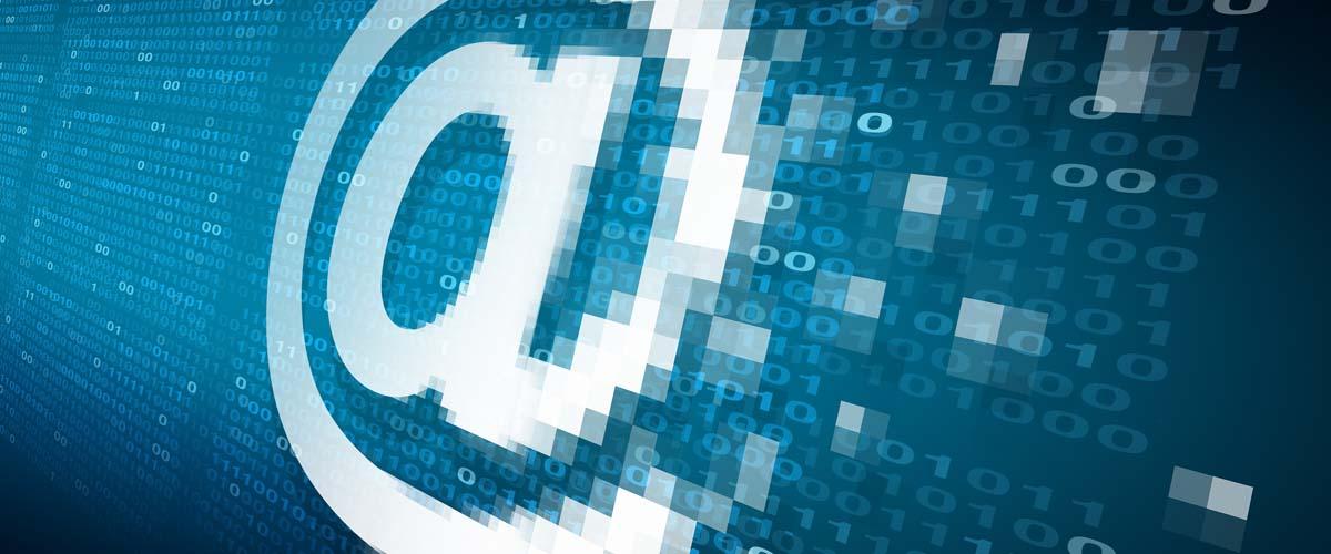 email 1200 x 500 tcm38 233253 - Как спрятать под замок контент сайта